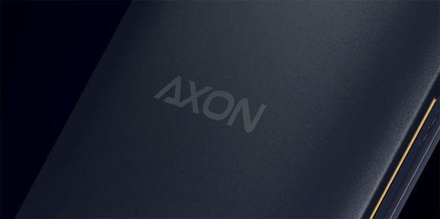 "ZTE Axon Tablet on GFX Bench with Snapdragon 810, and 13.7 "" Full HD screen"