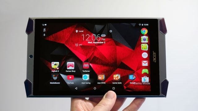 Acer Predator 8 review: tablet for gamers