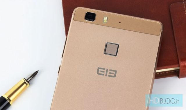 Elephone M1 - smartphone with metal body and fingerprint reader