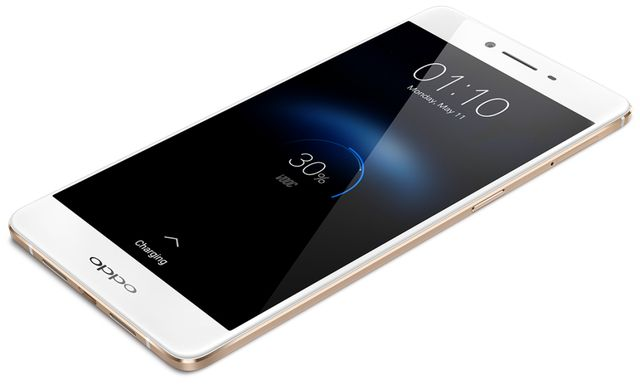 The Oppo R7s is official